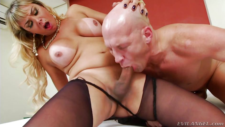 download china yvonne yung hung fucking video