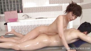 soapy bath with a mature slut