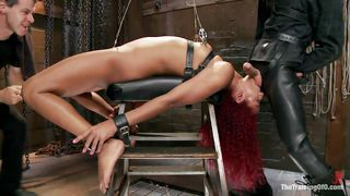 daisy ducati gets dildos put in both ends