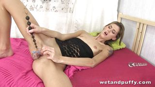 closeup speculum and dildo play with czech sindy vega