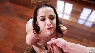 sensuous babe sucking cock