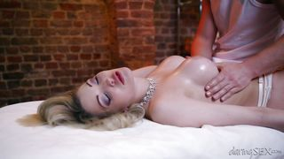 hot blonde gets an oily massage @ a sensual touch