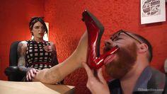 sucking on a tranny's heel