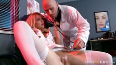 laura is fucked by a horny doctor