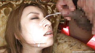 masturbating gal takes cumloads