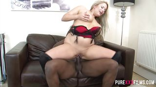 cuckold housewife likes black cock