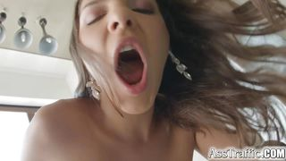 curvy babe in closeup anal action
