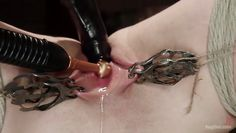 chubby chick has her clit prodded