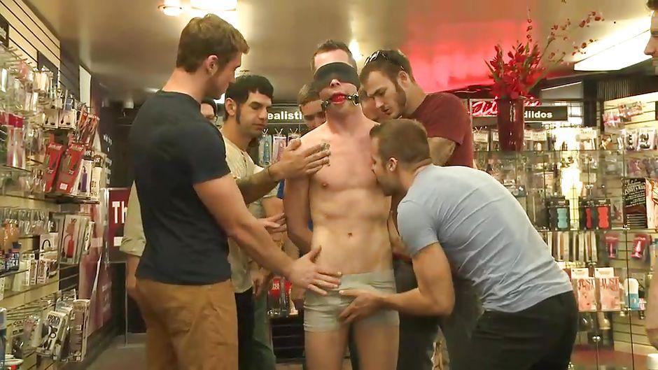 Seksileluja netistä gay suomi amatööri seksi