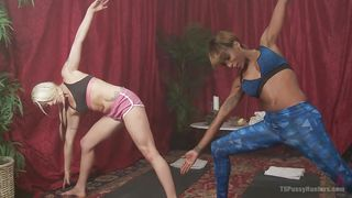 blonde beauty plays with big black shemale dick