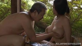 mature slut washes her man