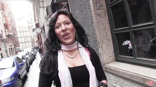 puta locura busty amateur latina babe picked up on the street