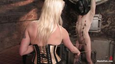 lorelei lee hurts her slave