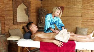 blondie gives one hell of a massage