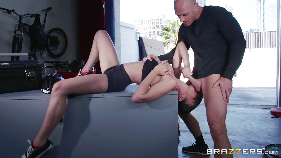 Brazzers busty sports reported veronica avluv gangbanged