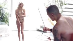 hot blonde gets paint on her bare body
