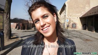 Tall Czech Beauty Katarina Picked Up While Sightseeing PornZek.Com