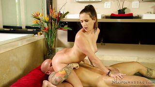 Naked Slut Offering A Kinky Massage