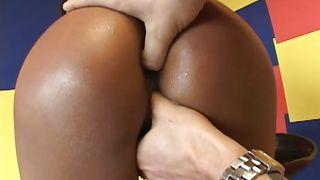 Mofos Network-Loona Luxx Getting Fingered PornZek.Com