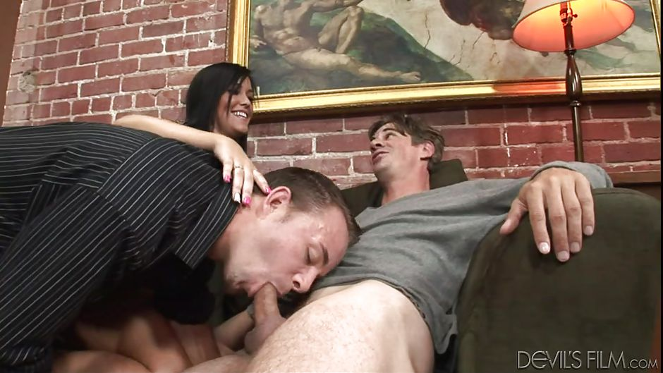 Vandyk recommends Shemale foxxx tube8