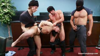 Brunette Chick Getting Banged By Four Guys