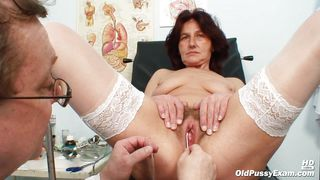 Mature Bitch Fingered In The Vagina And Anus By Her Doctor