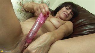 Mature Nl-Christmas Having Fun With Her Vibrator PornZek.Com