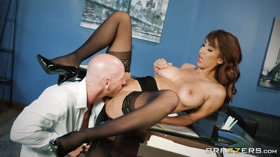 Isis Love, Johnny Sins In