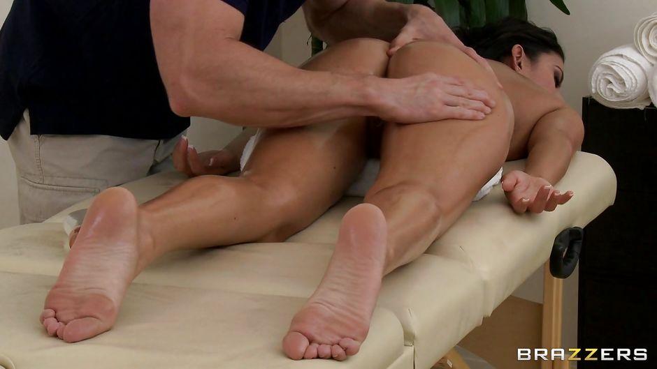 Nikki daniels dirty masseur