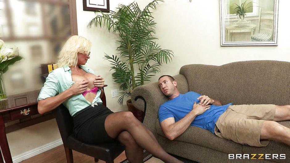 Nude desi girls giving blowjob