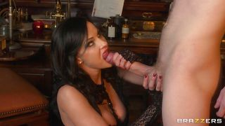 Brazzers-Hot Brunette Sucking A Guys Masive Cock PornZek.Com