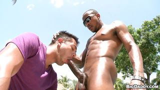 A Hot Outdoor Gay Cock Sucking