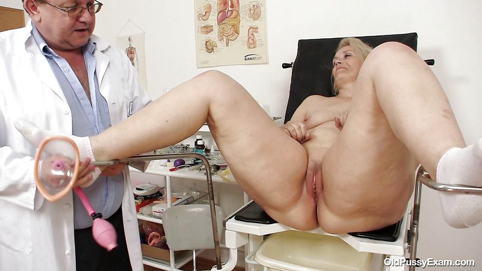 chubby-blonde-vagina