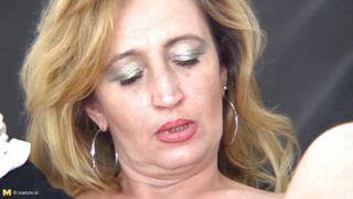 Mature Blonde Slut Sucking Young Doctor Long Cock
