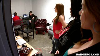 Three Babe Team Is Preparing To Get Nailed
