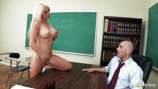 Brazzers-Hot Schoolgirl Makes Her Dream A Reality PornZek.Com