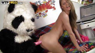 Wtf Pass-Panda Bear Finds A Concerned Chick PornZek.Com