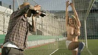 Playboy Tv-Gorgeous Babe Has Got Gorgeous Boobs PornZek.Com