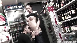 Sexy Shemale Gives A Blowjob Then Has Her Cock Sucked