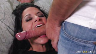 Housewife Cassidey Needs A Big Dick!