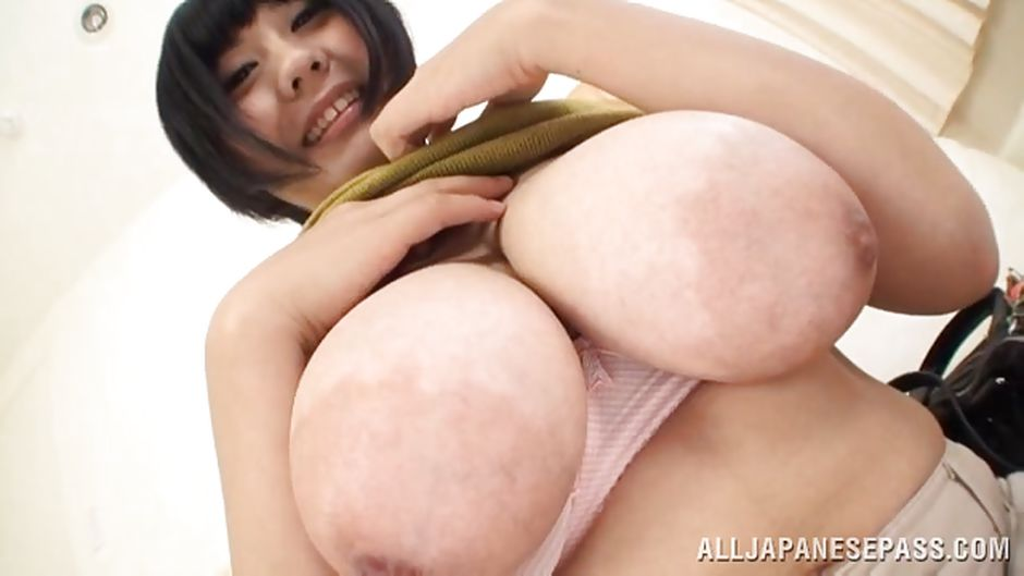 Playing with her huge tits-4526
