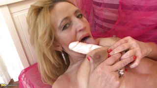 Mature Blonde Woman Amber Doing Solo