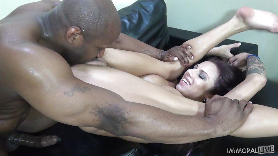 Licking Pussy Feet Orgasm