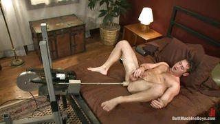 Hot Masturbation And Cumshot With A Fucking Machine