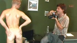 Photo Session Turns Into Dick Sucking