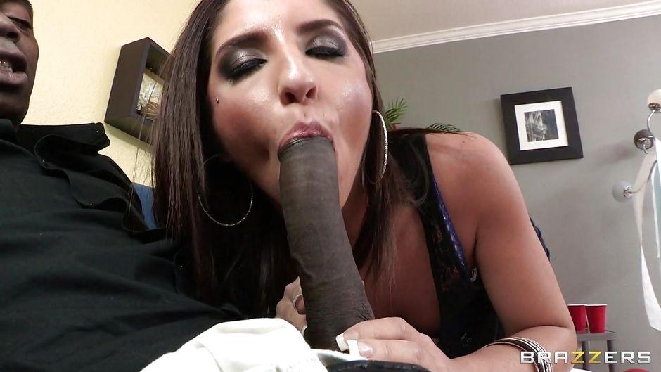 Big black slut sucks — pic 10