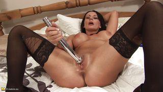 Mature Nl-Hot Milf Carly G In Bed PornZek.Com