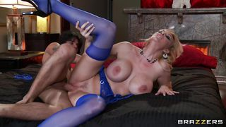 Huge Breasts Milf Receives A Dick In Her Cunt