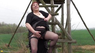 Chubby Old Bitch Plays With Her Fat Cunt
