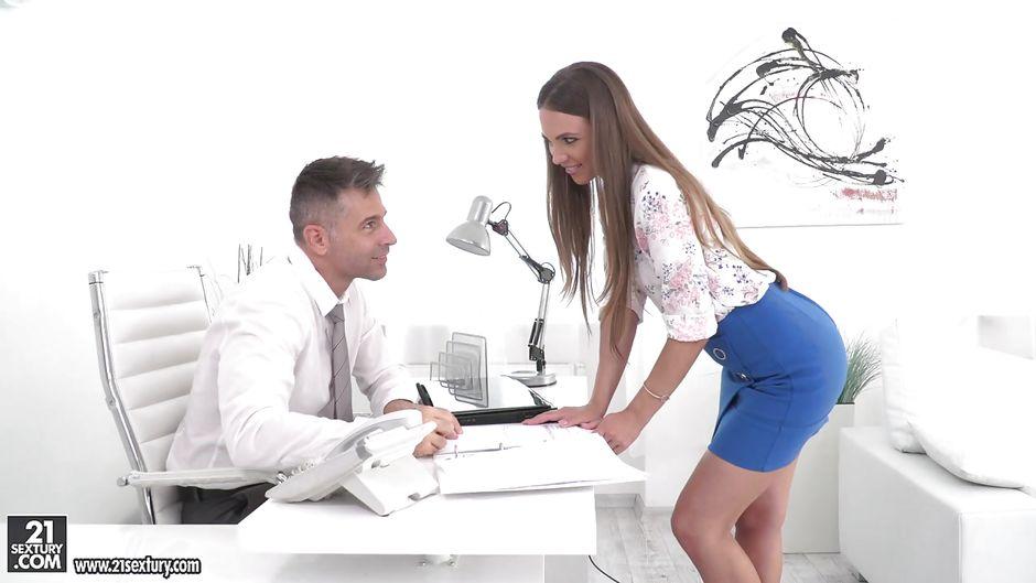 секс русские на офис видео - 4